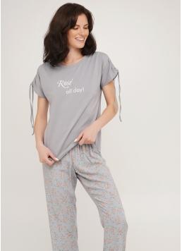 Піжама комплект футболка з написом і штани з квітковим принтом ROSE 5111/100